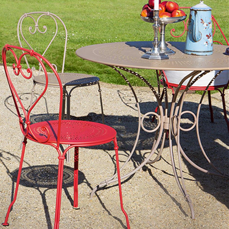 1900 Round 96cm Tables