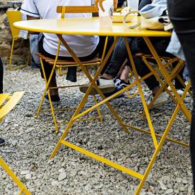 Bistro 117cm Round Table