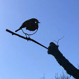 Metalbird Robin Silhouette