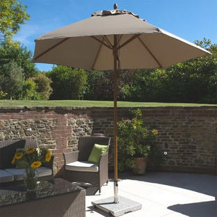 Classic Wood Framed 2.6m Round Parasols