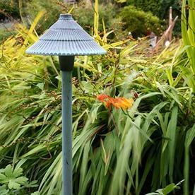 Garden Zone Bronze Plug & Go Pagoda Light