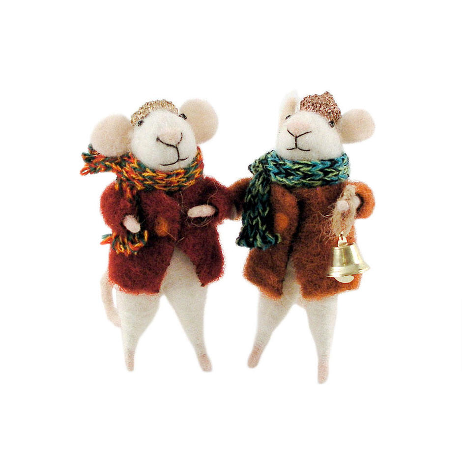 Felt Mouse with Winter Coat