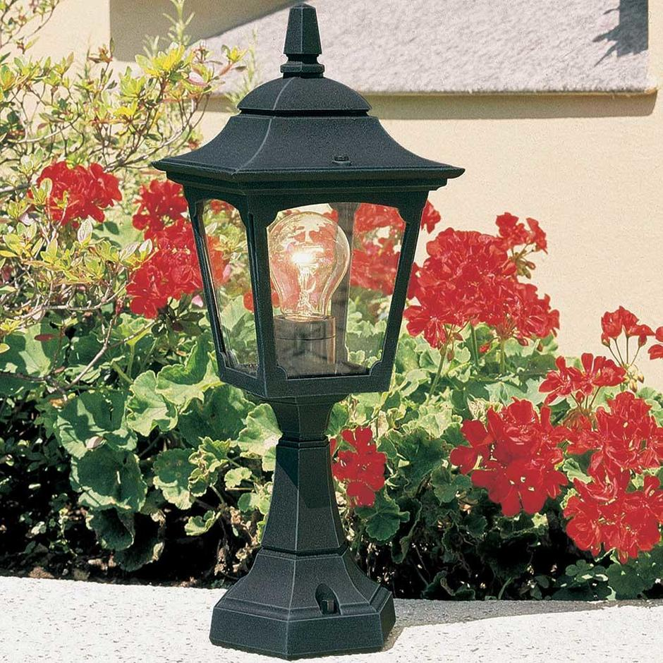 Chapel Mini Outdoor Pedestal Lantern