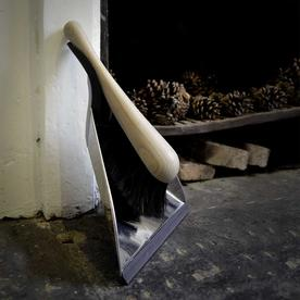 Steel Dustpan with Horsehair Brush
