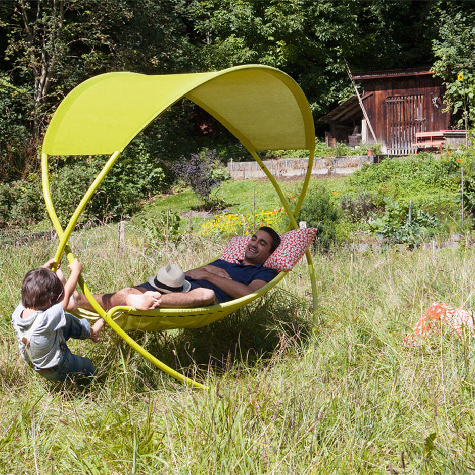 Osmose Swinging Bed
