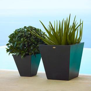 Skye Planters
