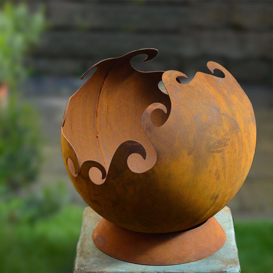 Rusty Garden Sphere