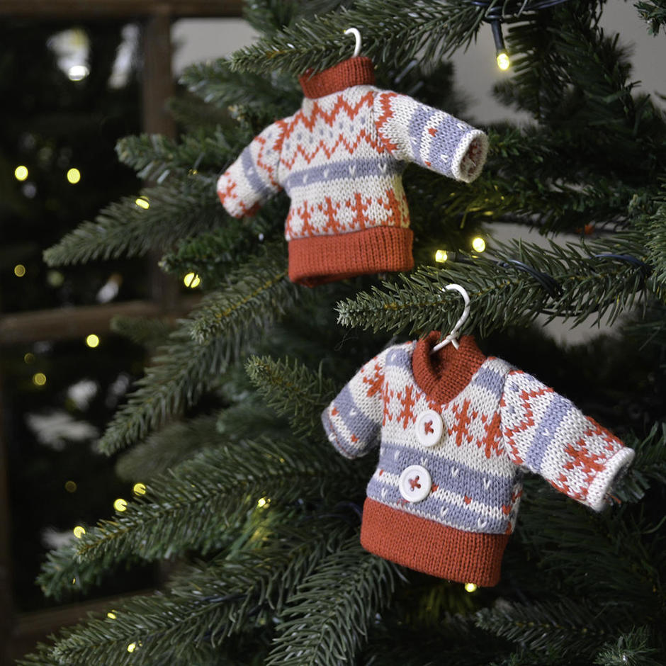 Knitted Christmas Decorations To Buy : Buy christmas sweater tree decorations the worm that