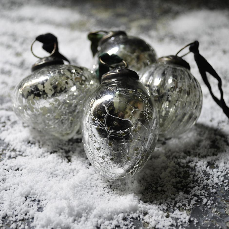 Silver Crackle Snow Drop Baubles
