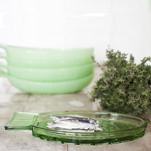 Fish & Fish Green Glass Dish