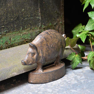 Vintage Pig Door Wedge