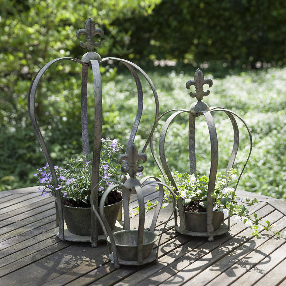 Set of 3 Aged Metal Crown Planters