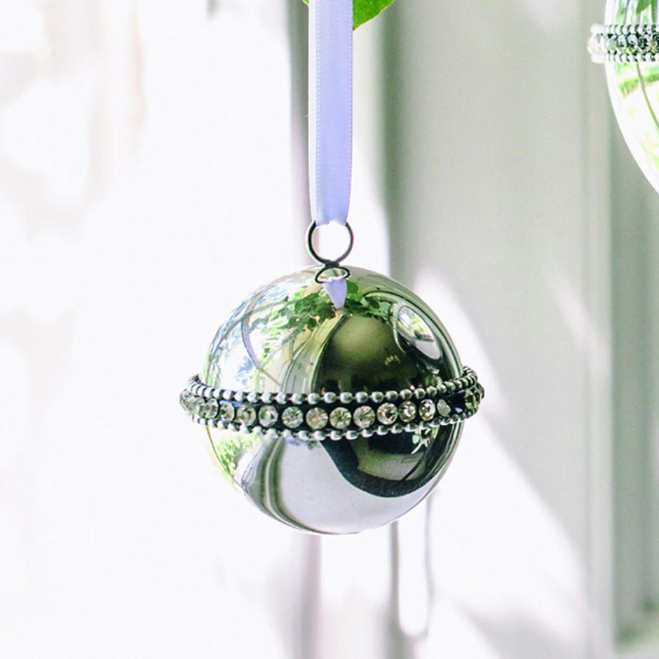 Polished Silver Ball Tree Decoration