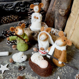 Nativity Scene Felt Mice