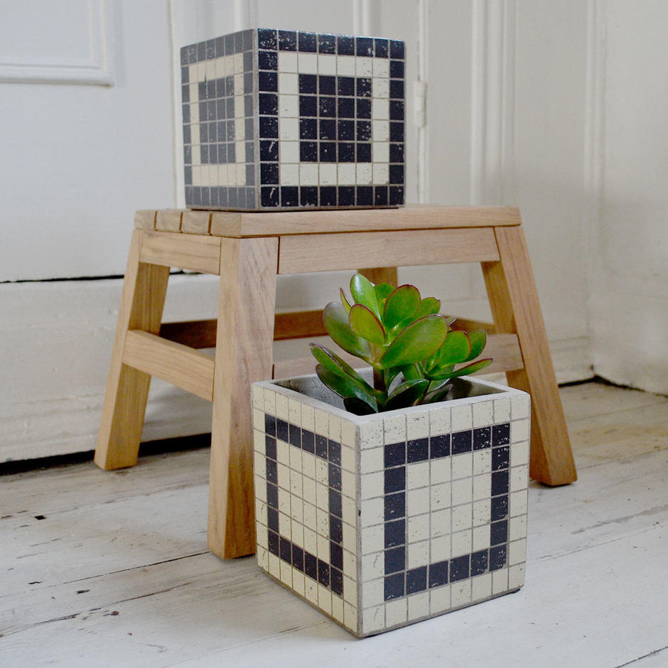 Mosaic Square Pots Black & White