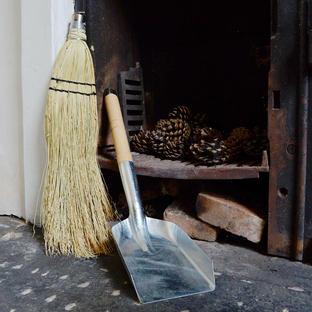 Fireside Dustpan And Brush