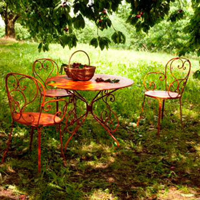 Buy fermob 1900 tables by fermob outdoor furniture the for Garden design 1900