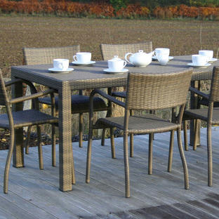 Nimes Outdoor Dining Table