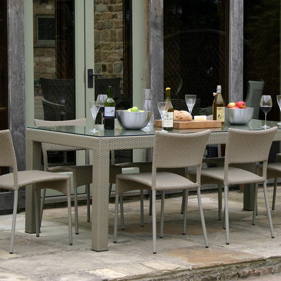 Partner Dining Table