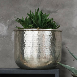 Silver Hammered Round Finish Indoor Planter