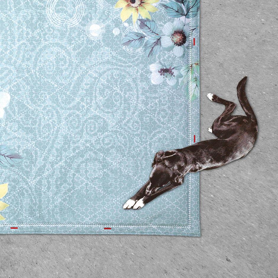 Outdoor Non Flying Carpet