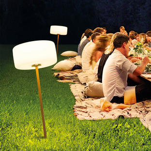 Outdoor Thierry Le Swinger LED Light
