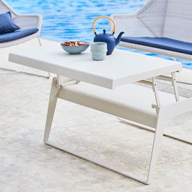 Chill-Out Tables