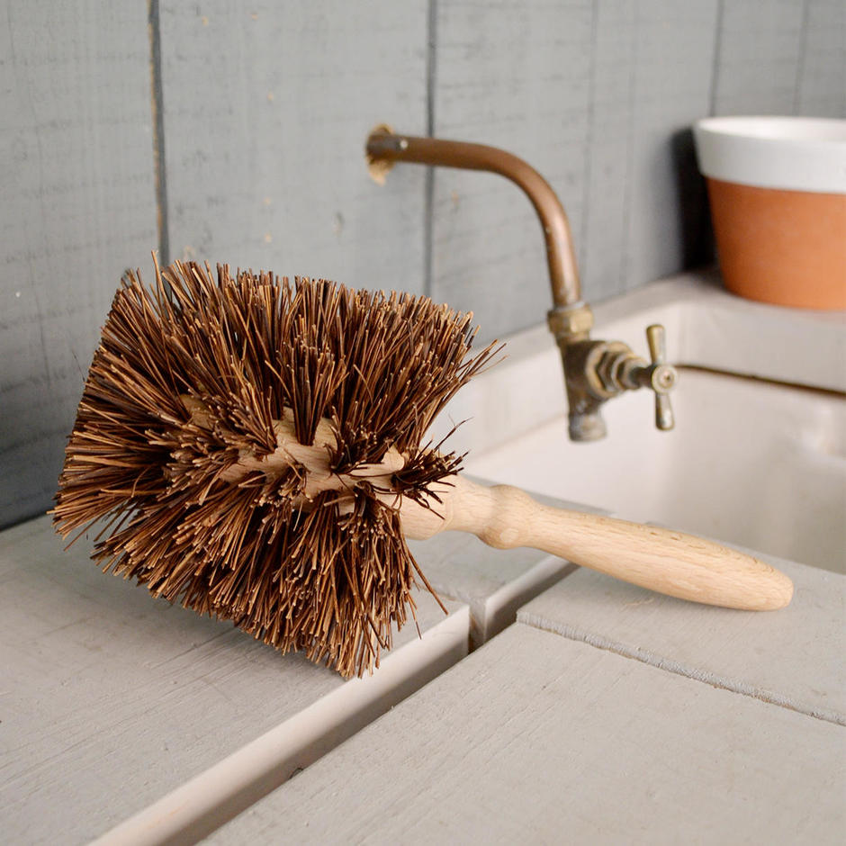 Flowerpot Brush