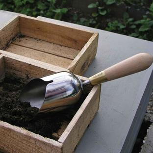 Sophie Conran Compost Scoop