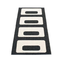 Owen 70 x 160cm Runner - Black / Vanilla