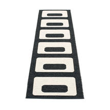 Owen 70 x 240cm Runner - Black / Vanilla
