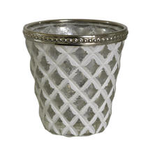 White Diamond Patterned Tealight Holder