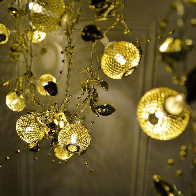 Gold Maroq Glitter Battery Lights The Worm that Turned - REVITALISING YOUR OUTDOOR SPACE