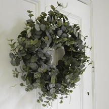Classic Eucalyptus Wreath