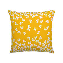 Trefle Cushion 44cm x 44cm – Honey